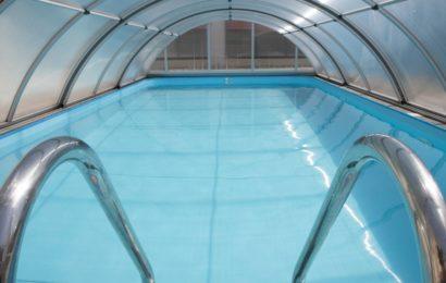 Construire un abri piscine