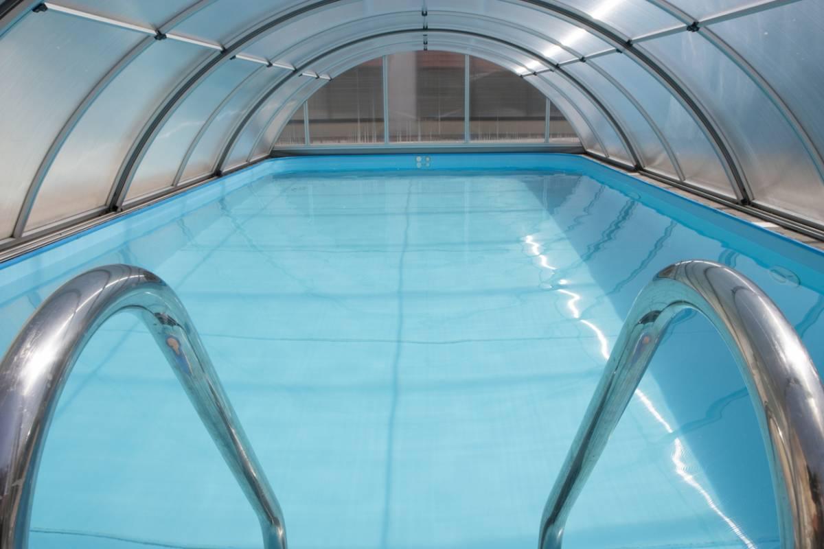 construire-un-abri-piscine